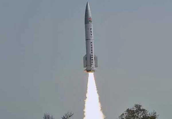 Двухступенчатая ракета PDV