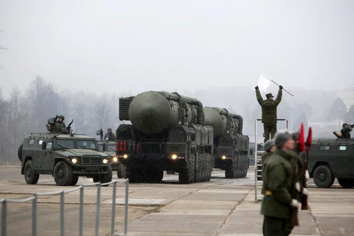 (c) www.militaryparitet.com