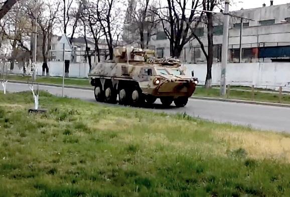 БТР-4 на улицах Николаева