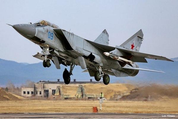 Миг-31 с ракетами Р-40 (c) Алексей Китаев