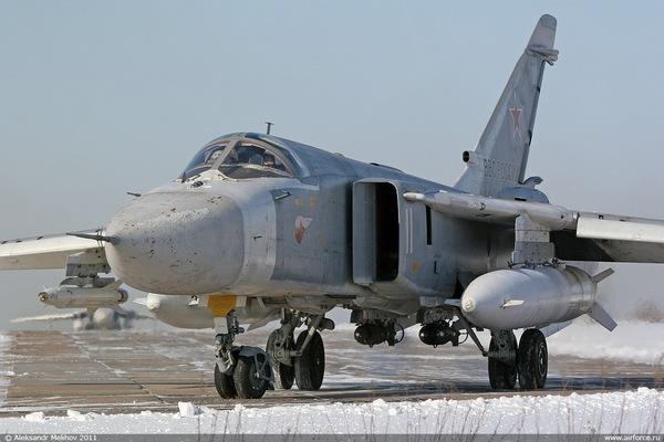 Су-24М (c) www.airforce.ru