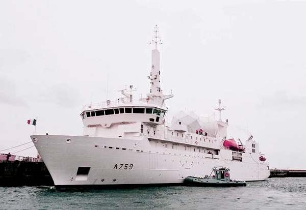корабль Dupuy de Lome (c) www.defense.gouv.fr