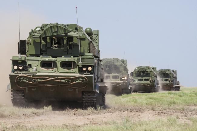 ЗРК малой дальности «Тор-М2У (c) www.kupol.ru