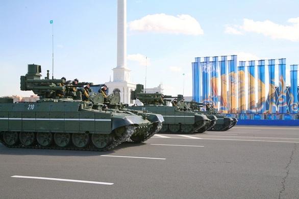 БМПТ на параде в Казахстане