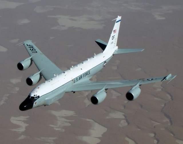 самолет электронной разведки RC-135 ВВС США