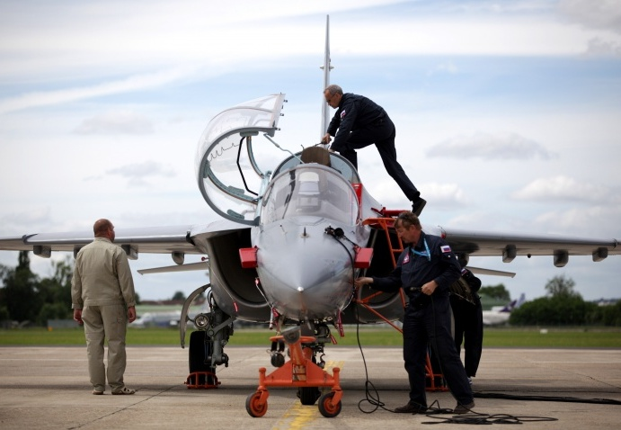 Як-130 (c) glavlenta.ru