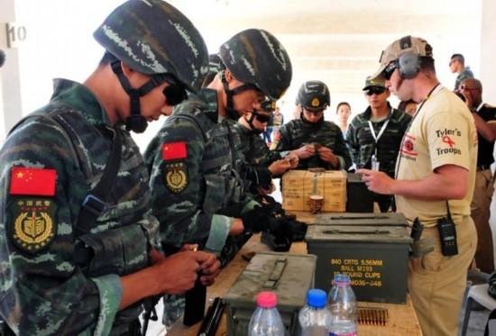 бойцы батальона спецназа Синцзянского корпуса НОАК
