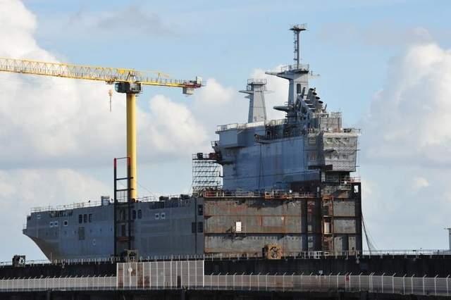 передняя часть корабля, собранная на  верфи французской компании STX в Сен-Назере