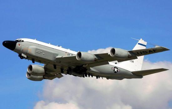 RC-135V/W