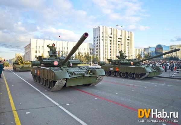 Т-80БВ (c) Александр Янышев www.dvnovosti.ru