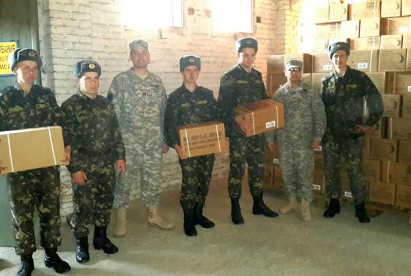 Американские сухие пайки (c) майор Алексис Скотт / mil.gov.ua