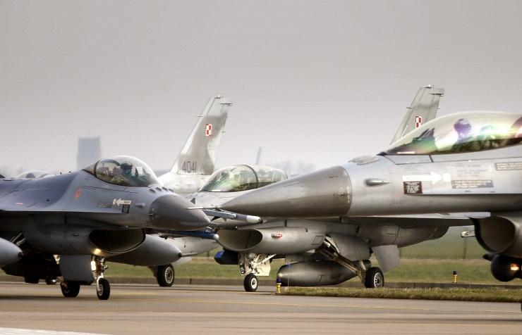 самолеты ВВС НАТО в Польше
