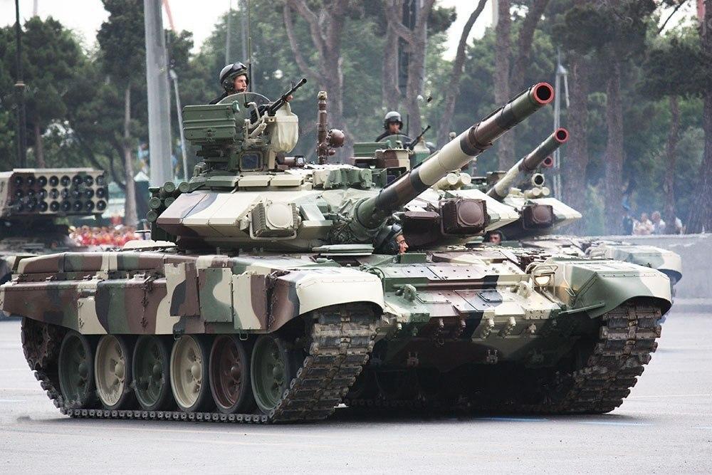 Танк Т-90 ВС Азербайджана