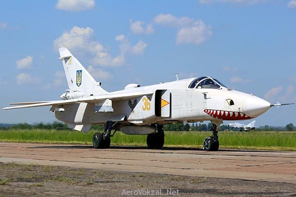 Су—24М ВС Украины (c) Олег Волков aerovokzal.net