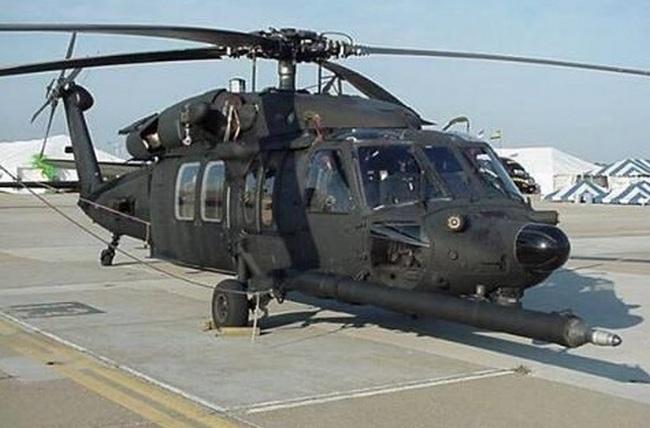 Захваченный в Мосуле американский вертолет Black Hawk