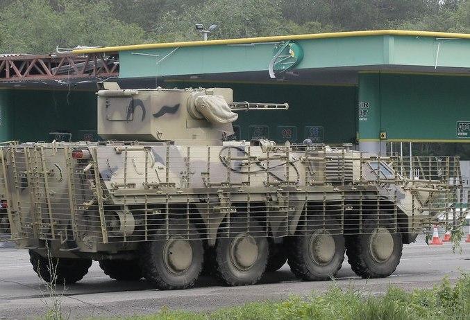 БТР-4Е под Славянском