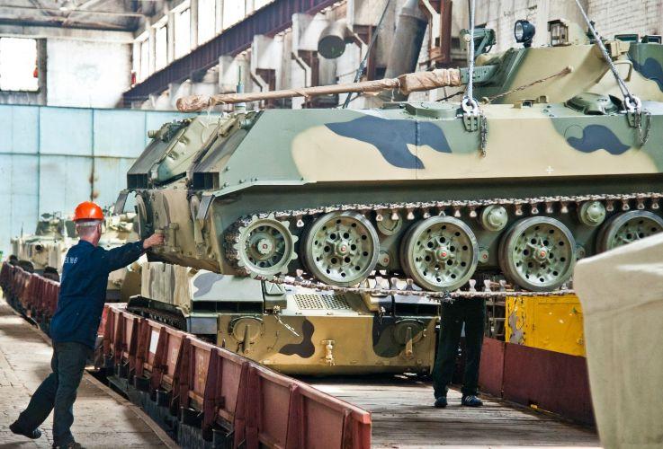 отгрузка очередной партии боевых машин десанта БМД