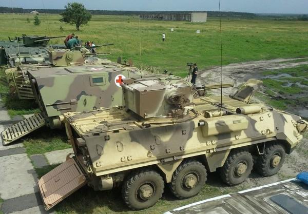 семейство бронетранспортеров БТР-4 (c) acebook.com/dmitriy.brook.ua