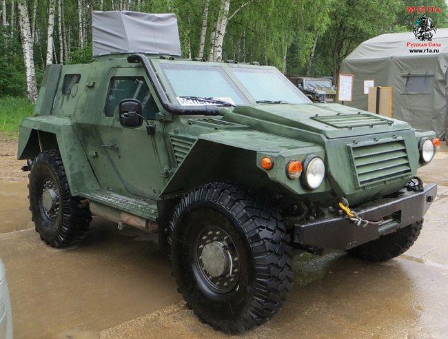 Штурмовой бронированный плавающий автомобиль «Ансырь» (c) русская-сила.рф