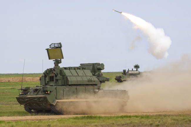 зенитный ракетный комплекс «Тор»