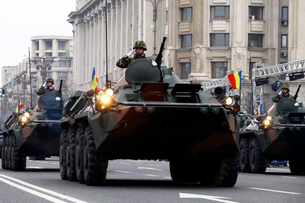 Репетиция парада ко Дню объединения Румынии в Бухаресте