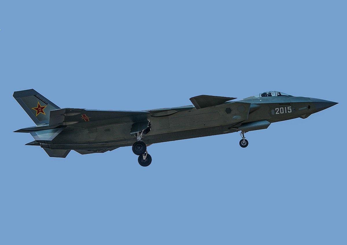 ПРОТОТИП J-20 С Б/Н «2015»