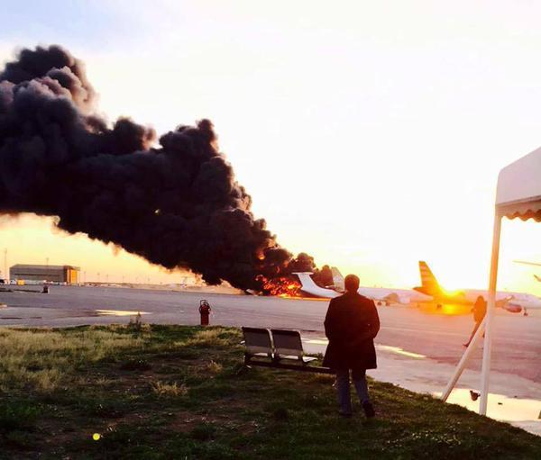 авиабаза  Майтига близ Триполи