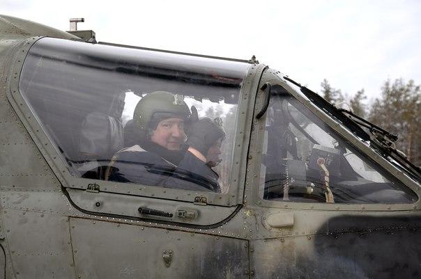 Дмитрий Рогозин совершил полет