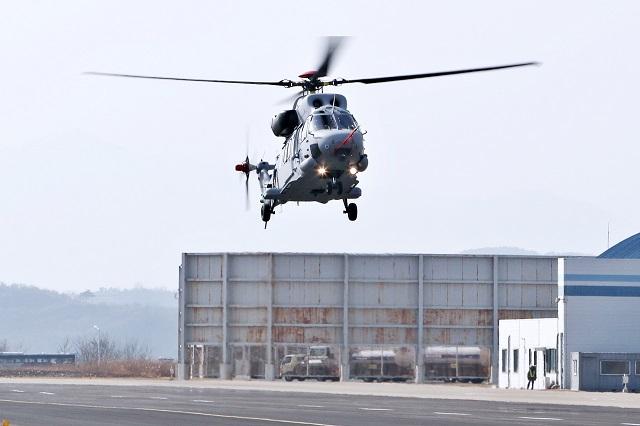 вертолет Surion в десантном варианте