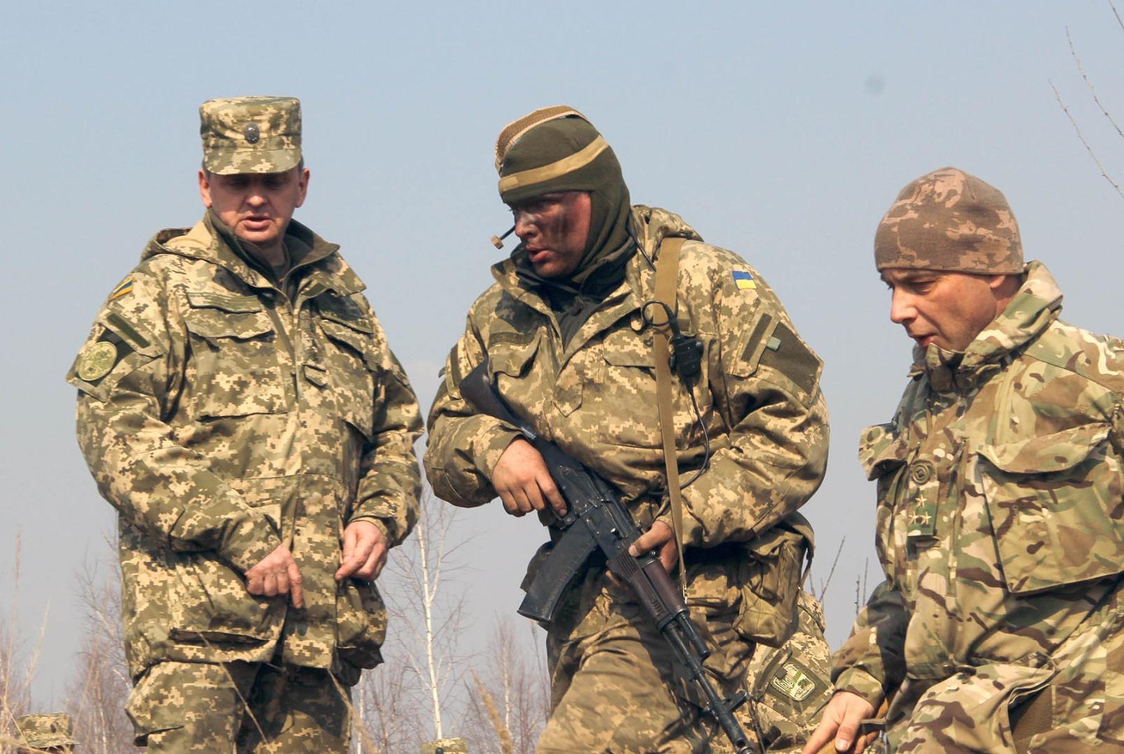 Мнение: Донбасс накрывают «зелеными беретами»