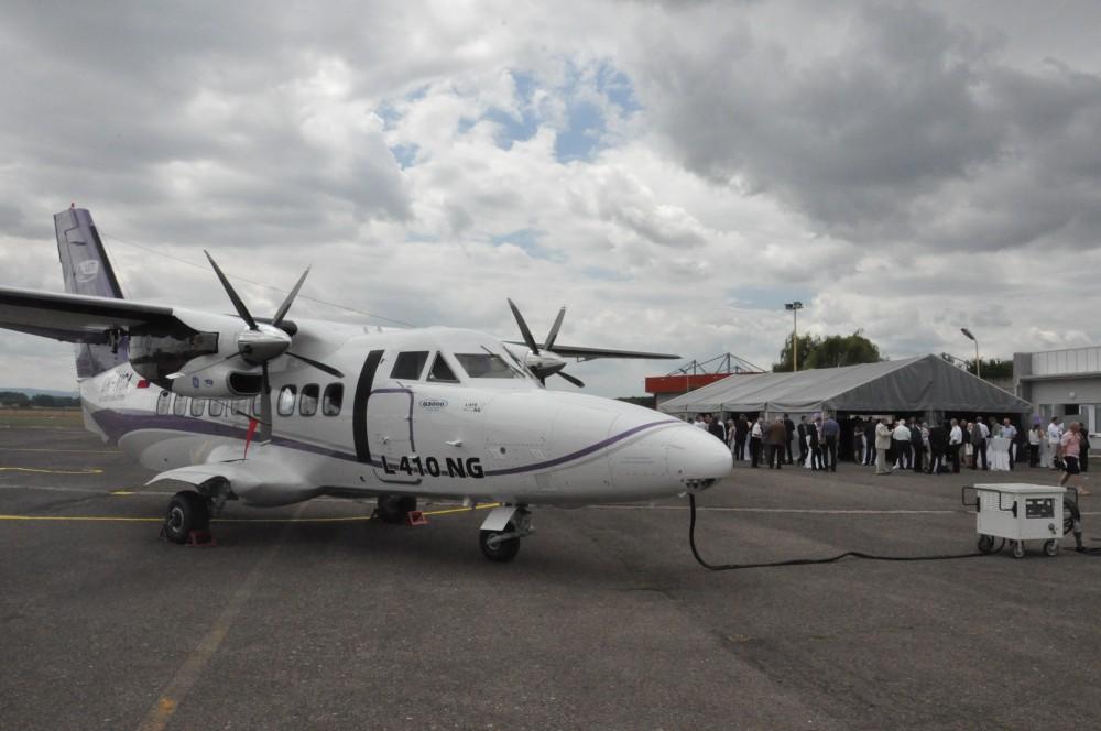 Первый опытный образец самолета Aircraft Industries L-410NG (серийный номер 3020, чешская регистрация OK-NGA). Куновице, 15.07.2015 (с) Aircraft Industries