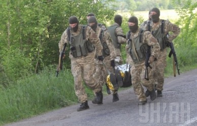 1432191989-2070-trening-po-takticheskoy-meditsine-dnepropetrovsk-evakuatsiya-ranenogo-s-polya-boya-takticheskaya-meditsina-ranenyie