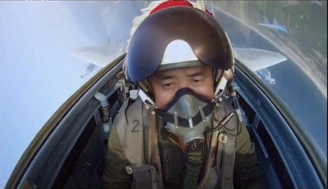 North Korean air force pilot take selfies for first time 3
