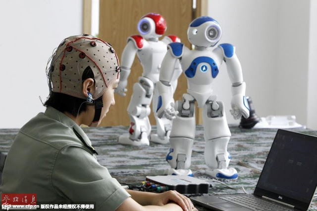 PLA working on controlling robots with brain signals 2