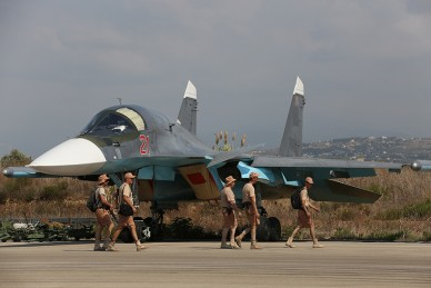 Russian_Sukhoi_Su-34_at_Latakia_(1)