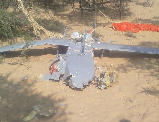 Indian-Air-Force-drone-crashes-in-village-near-Jaisalmer-e1446805796974
