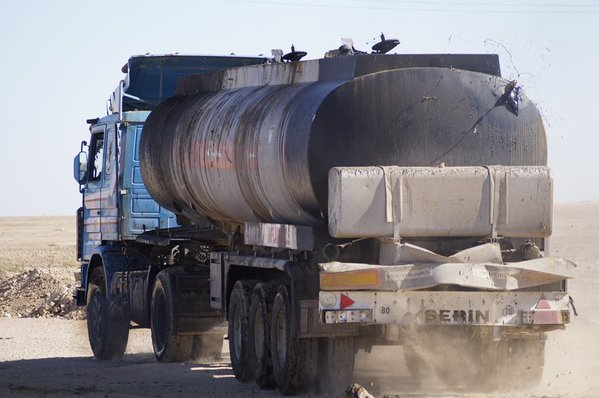 Turkey has been buying Islamic State oil 1
