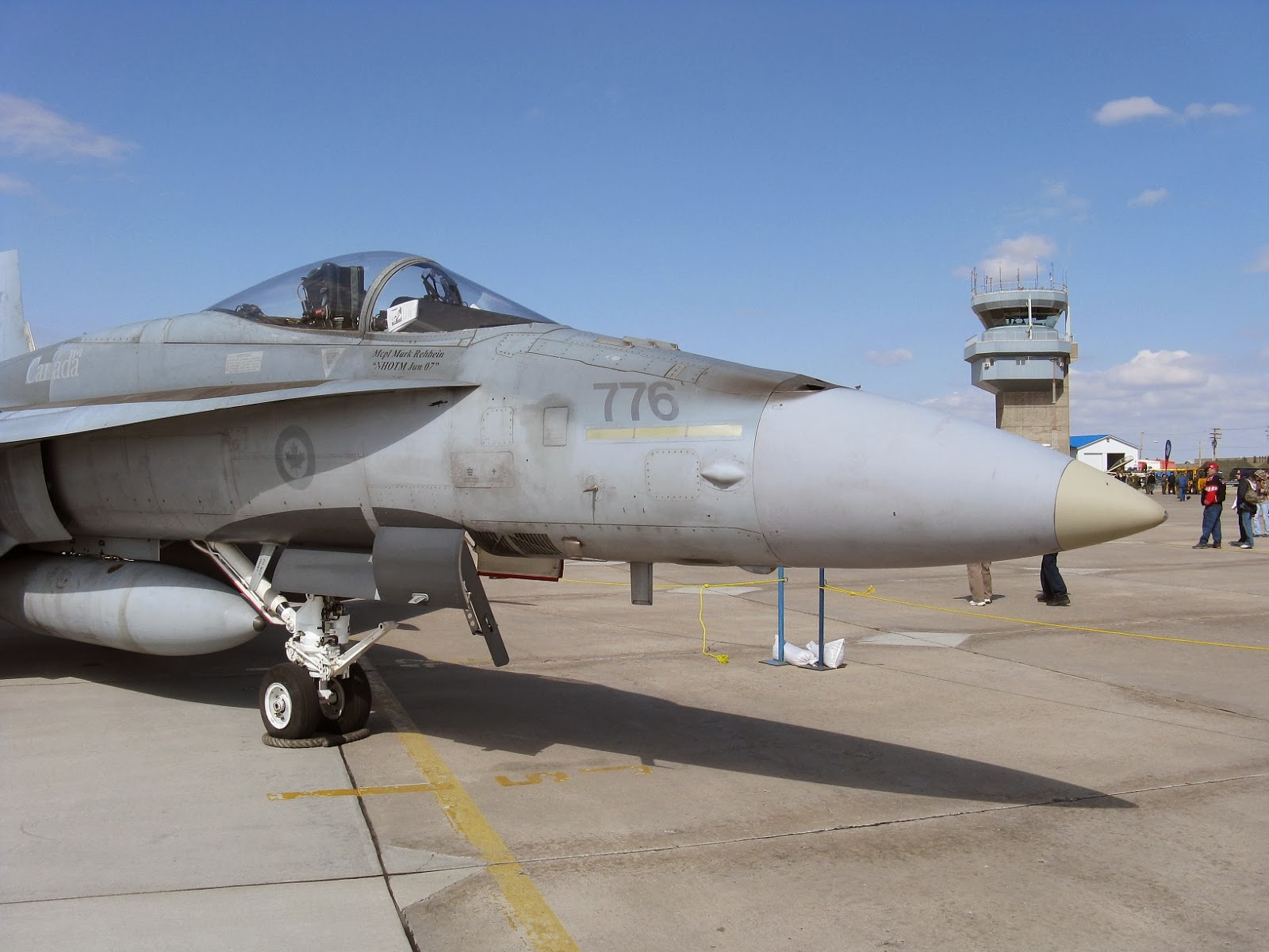 CF-18 closeup