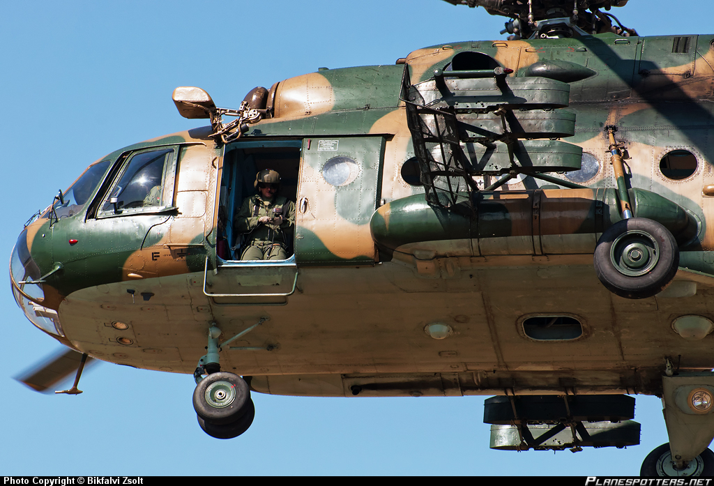 701-hungarian-air-force-mil-mi-17_PlanespottersNet_424106