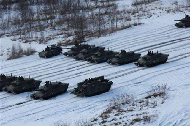 Japanese Tank Division Exercises with 90 tanks 6