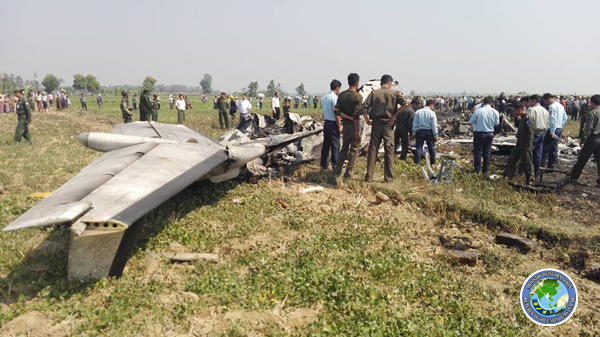 10-2 Plane Crash 3