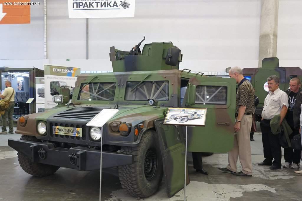 украинский бронированный Hummer