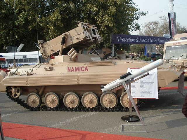 BMP-2_Namica_anti-tank_missile_tracked_armoured_vehicle_India_Indian_army_defence_industry_640_001