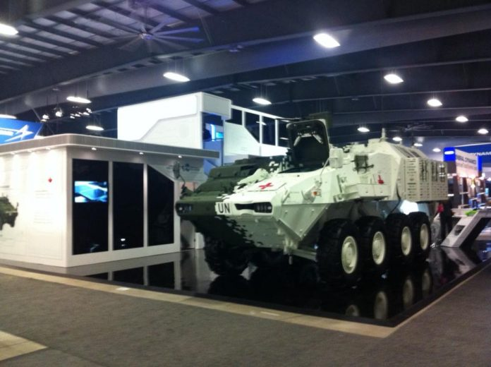 LAV Combat Support Vehicle (LAV CSV)  на выставке CANSEC (c) David Dugas