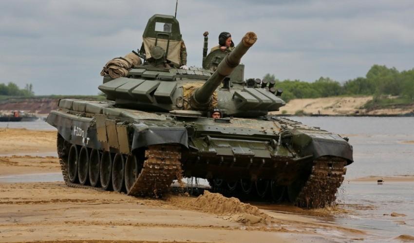"""Танк Т-72Б3 на учениях / Фото: ИА """"ОРУЖИЕ РОССИИ"""", Алексей Китаев"""