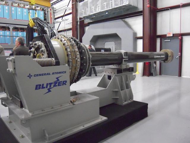 Электромагнитная рельсовая пушка «Blitzer»