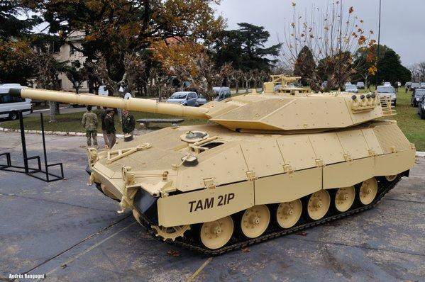 Прототип танка TAM 2IP (с) Jorge Baez zona-militar.com