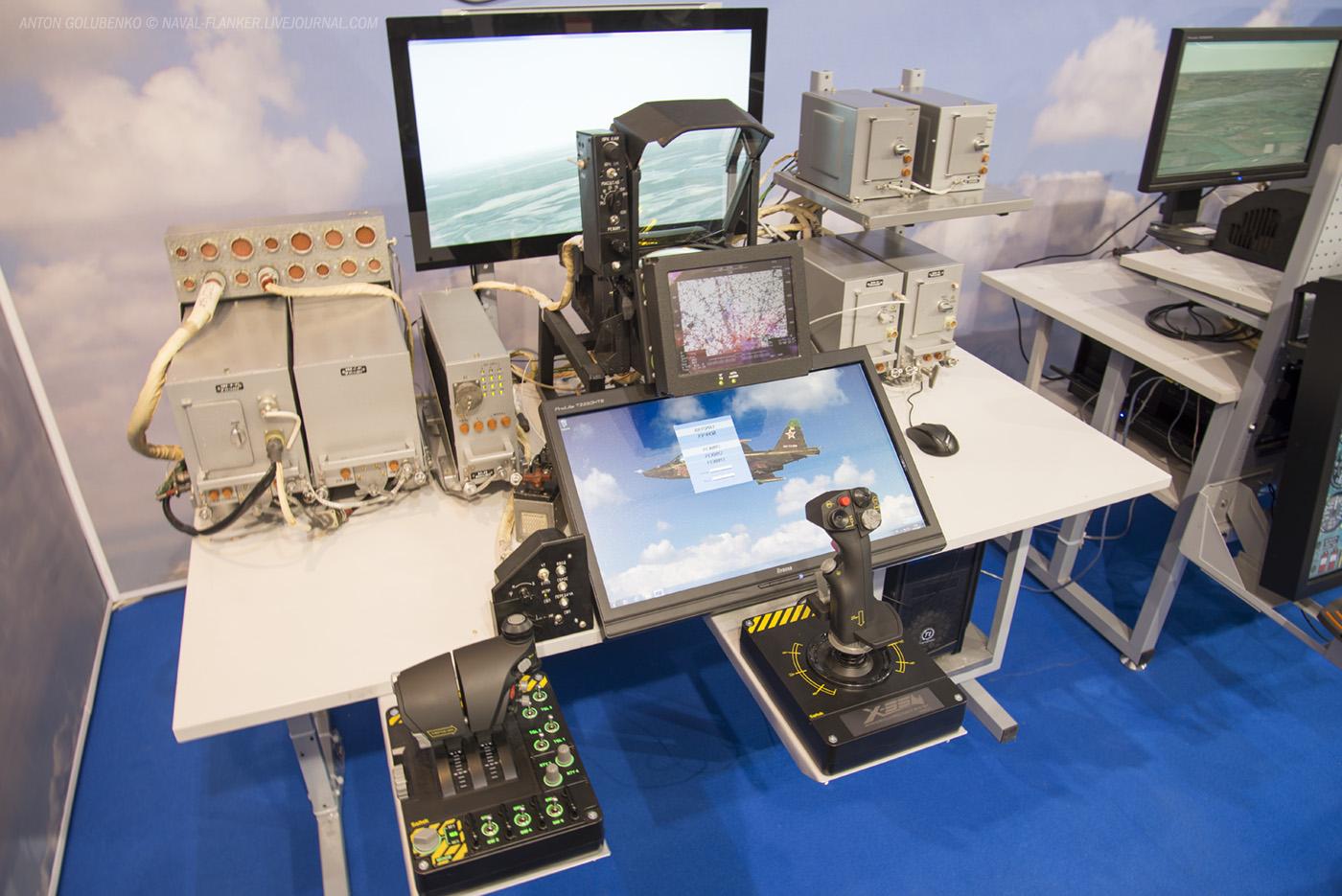 Стенд,показывающий изменения в приборном оборудовании Су25 с СВП-24. МАКС-2015